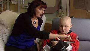 iPads keeping kids busy at Ottawa children's hospital ...