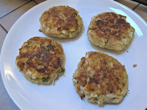 Pappascrabcakes.com this is a quick as well as straightforward catsup recipe for the times when you wish to prepare the condiment, however are in a thrill or don't have all the ingredients to prepare the much more intricate ketchup recipe offered below. Top 30 Condiment for Crab Cakes - Best Recipes Ideas and ...