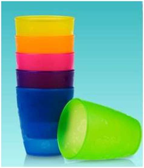 Bicchieri Di Plastica Sono Riciclabili by Rifiuti Albanella Stop A Piatti E Bicchieri Di Plastica