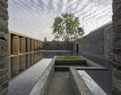 walled tsingpu yangzhou retreat nerihu design  research office archello