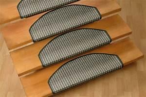 Treppen Teppich Läufer : treppenstufen teppichboden m belideen ~ Michelbontemps.com Haus und Dekorationen