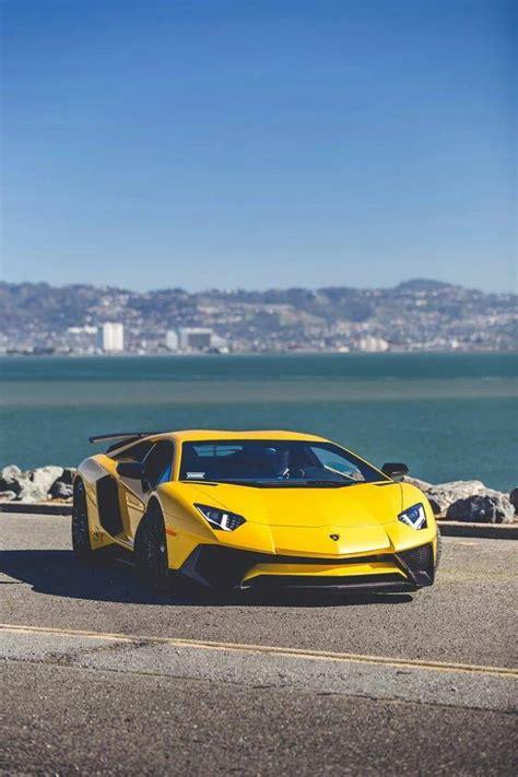 sport cars lamborghini 25 great ideas about lamborghini aventador wallpaper on