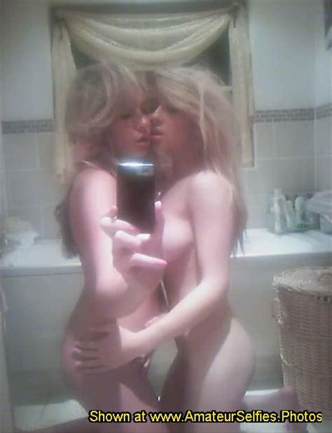 Selfie lesbian nude Lesbian Homemade
