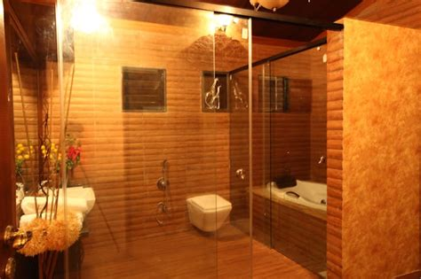 Modern Bathroom Design In India by Small Bathroom Tile Ideas For Indian Homes