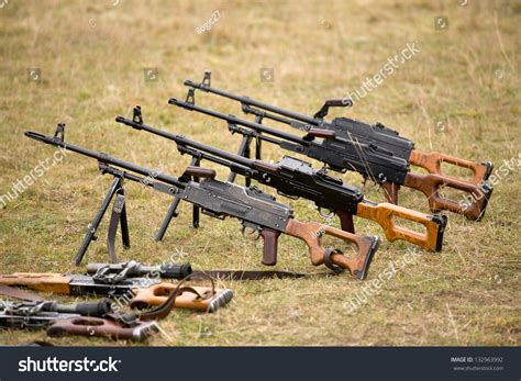 Different Types Of Automatic Rifle Guns,chains And Assault