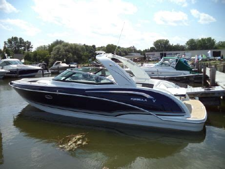 Formula Boats 350 Crossover For Sale by Formula 350 Crossover Bowrider Boats For Sale Yachtworld