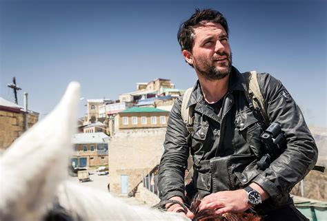 fighting isis  eating maggots interview  levison wood esquire middle east