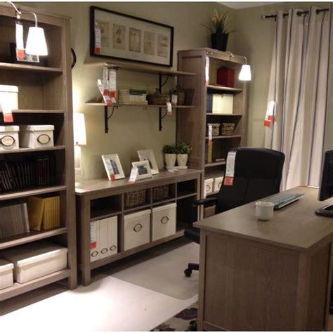 Position  Desk  Bookcases  Shelves  Desk