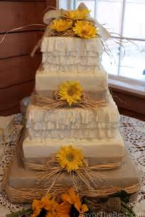 country themed wedding cake design savor the best - Country Themed Wedding Cakes