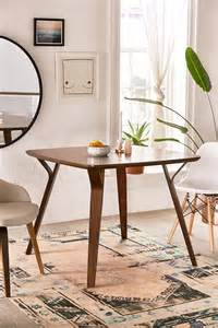 small dining room tables   impress