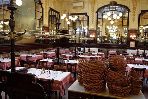 restaurant la cuisine 7 bouillon chartier brasserie historique à galerie