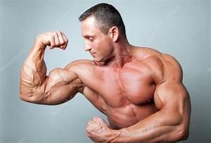 Image Homme Musclé : homme muscl flexions biceps photographie frantysek 11825330 ~ Medecine-chirurgie-esthetiques.com Avis de Voitures