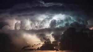 Thunderstorm Wallpaper HD - WallpaperSafari