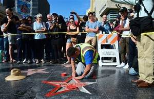 Man who defaced Trump's Hollywood star arrested - Breitbart