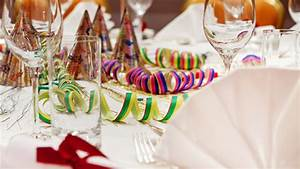 Tipps Für Tischdeko : tischdeko f r silvester tipps f r eine tolle tafel ~ Frokenaadalensverden.com Haus und Dekorationen