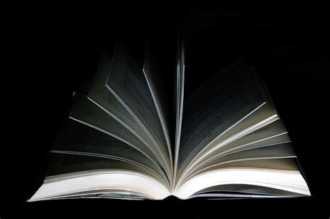 s 233 rie a livre ouvert un monde en photos