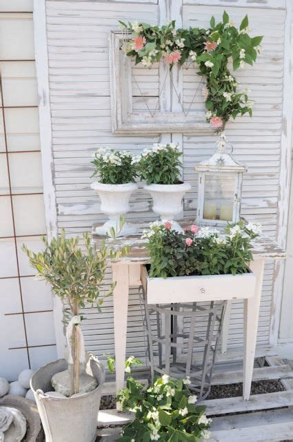 25 best ideas about shabby chic garden on