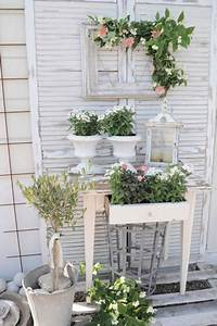 17 best images about shabby chic cottage garden ideas on With markise balkon mit tapete shabby chic