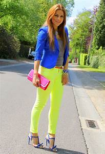 Neon outfits 13