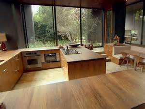 eat in kitchen furniture hgtv 39 s top 10 eat in kitchens kitchen ideas design with cabinets islands backsplashes hgtv