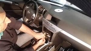Radio Opel Astra H : radio opel astra how to remove the radio opel astra ~ Jslefanu.com Haus und Dekorationen
