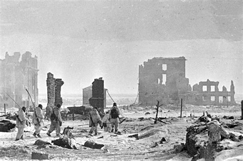 the siege 2 february 2 1943 the soviets accept germany s