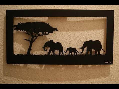 faire un bureau en bois comment faire un tableau éléphants en bois