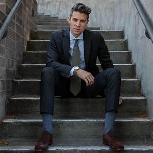 Blauer Anzug Schuhe : 1001 ideen thema grauer anzug welches hemd passt dazu ~ Frokenaadalensverden.com Haus und Dekorationen