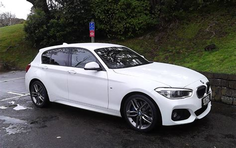 Lucire Living Bmw 125i M Sport Flexing Its Technical
