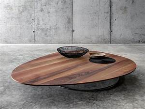 Large low coffee table in solid wood by fioroni for Low solid wood coffee table