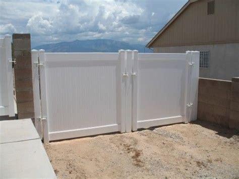 sunburst top privacy   doggie window fence panels