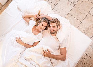 Zu Zweit Im Bett by Zu Zweit Entfliehen Urlaubsplaner F 252 R Paare