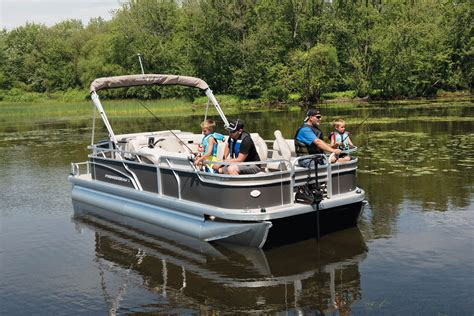 Princecraft Pontoon Boat Seats by 15 Top Pontoon Deck Boats For 2018 Powerboating
