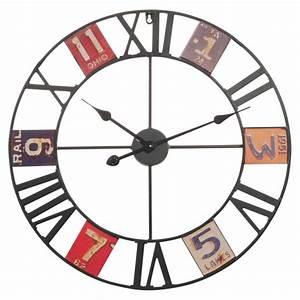 Horloge En Metal : horloge pas cher promo et soldes la deco ~ Teatrodelosmanantiales.com Idées de Décoration