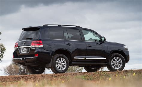 The Best Suv To Buy by Best Sport Suv To Buy Best Midsize Suv
