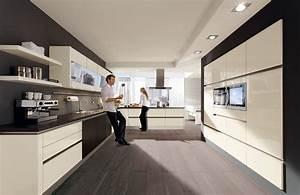 Moderne Küchen Bilder : moderne k che p sentiert vom k chenprofi k chenherbert aus storkow ~ Markanthonyermac.com Haus und Dekorationen