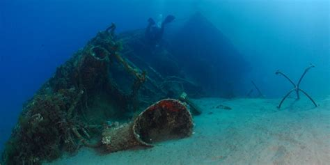 Dive Sicily - scuba dive locations in taormina and giardini naxos