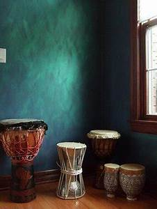 Paint Your Room With Metallic Colors