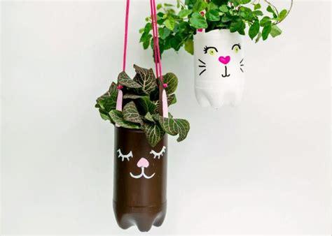 hanging planters  recycled bottles diy