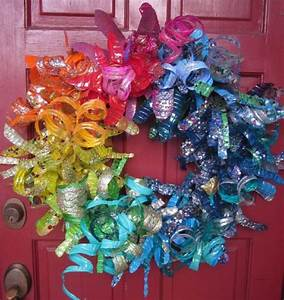 Recycled Crafts: Plastic Bottle Flower Wreath » Dollar ...