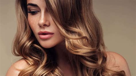 how to color your hair at home how to highlight your hair at home l or 233 al