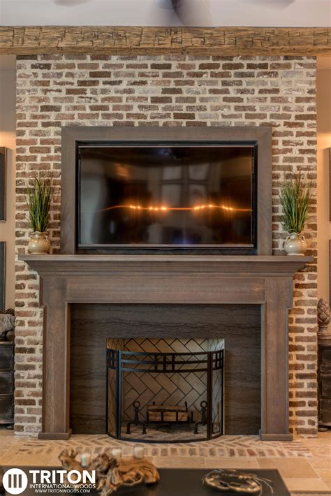 Fireplace Tv Pictures by Reclaimed Brick Fireplace Also Provided Reclaimed Beams