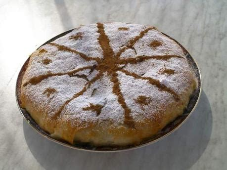 cuisine marocaine pastilla cuisine marocaine pastilla au poulet à voir