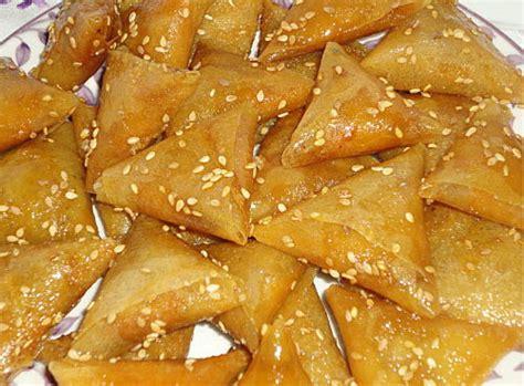 briouats au miel recettes de desserts cuisine marocaine