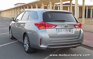 Fiabilité Toyota Auris Hybride : toyota auris touring sports hybride essai d taill ~ Gottalentnigeria.com Avis de Voitures