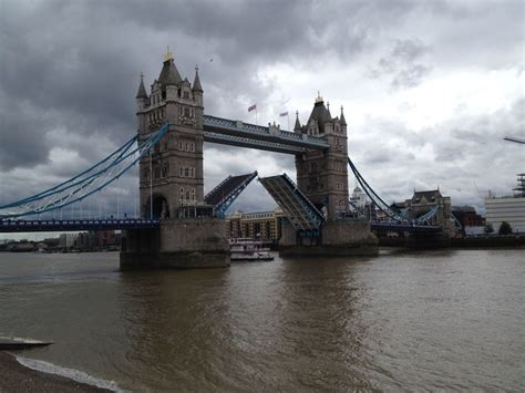 Boat Trips London Tower Bridge by Pin By Sandy Carlson On England Trip Summer 2014 Pinterest