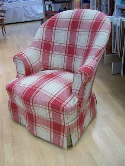 patron housse de canapé 1000 idées sur le thème fauteuil crapaud sur