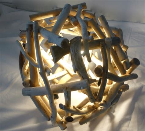 bout de canapé en bois comment faire une le en bois flotté