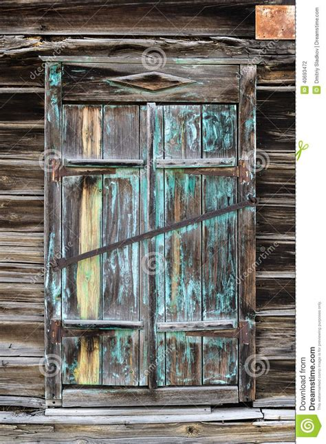 vieux volets en bois vieux volets en bois photo stock image 40693472