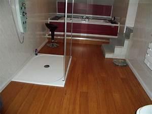 étanchéité Salle De Bain : parquet bambou et salle de bain blog ecoligne bambou ~ Edinachiropracticcenter.com Idées de Décoration